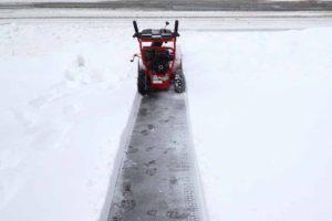 driveway-clean-snowblower-1000-dk